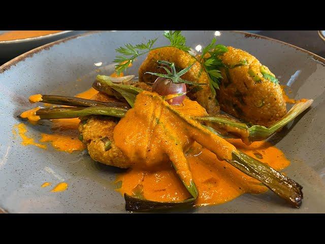 Couscous-Pattys auf Röst-Paprikasauce  | #GRILLDOCHEINFACH