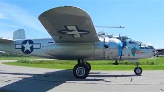 B-25J Maid in the Shade taxiing back (1) - Gatineau 20180811