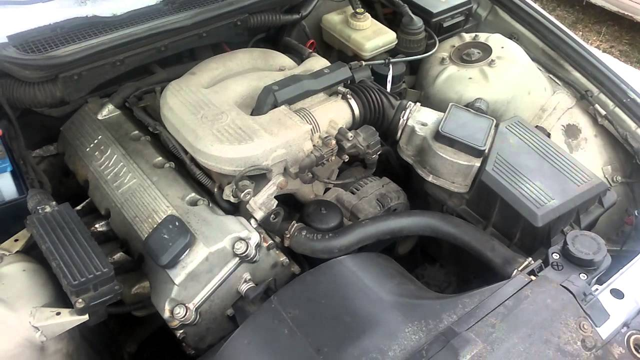 BMW e36 318i m43 210tkm motor - YouTube