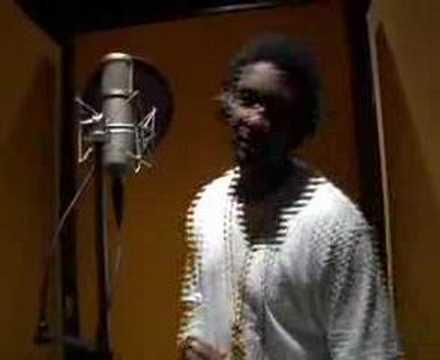 kanye west american boy. Песня American Boy (E.Q.T. Remix) - Estelle feat. Kanye West скачать mp3 и слушать онлайн