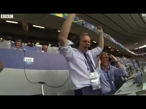 Видео: Исландский комментатор сорвал голос после второго гола в ворота Австрии