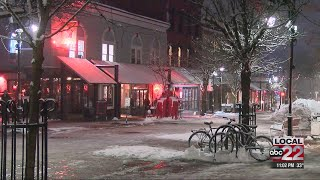 First significant snowfall brings a slow night for business at Church Street Marketplace