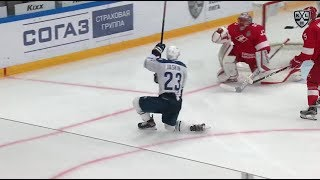 Jaskin wrists one in OT to win the series