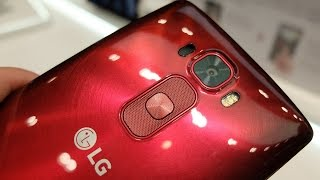 LG G Flex 2: гнем, царапаем, делаем селфи (preview на MWC 2015)