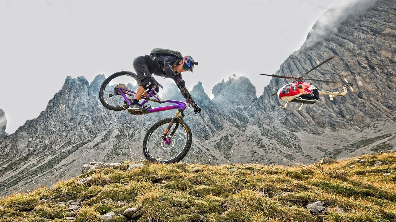 Vidéo Riding down the Dolomites - Fabio Wibmer