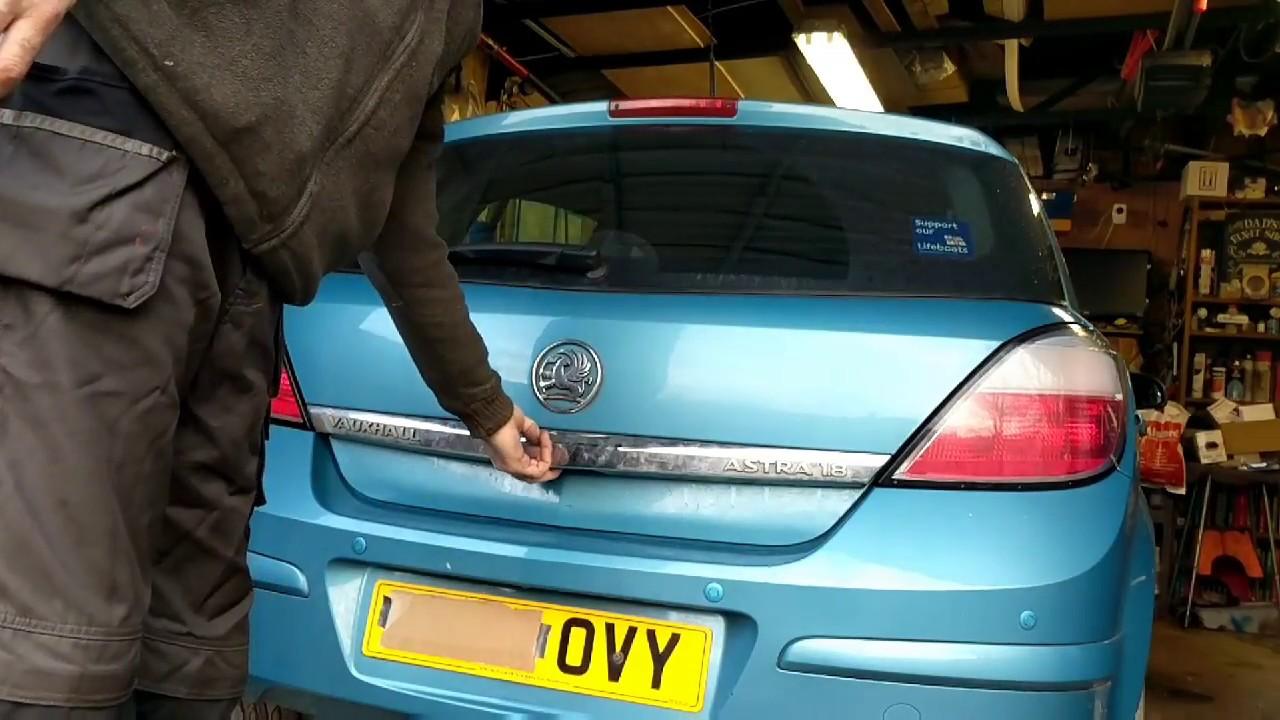 Vauxhall Astra Mark 4 Fuse Box