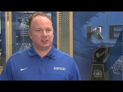 UK Football Coach Mark Stoops Is BBNunited