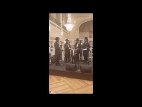 Download Youtube: Moshe Holtzman Performs With The Shira Choir By A Bar Mitzva