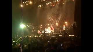 """Die Toten Hosen """"beso a Lubertino"""" y """"Mi Bs AS querido"""" Est. Malvinas Argentinas, 15/9/12"""