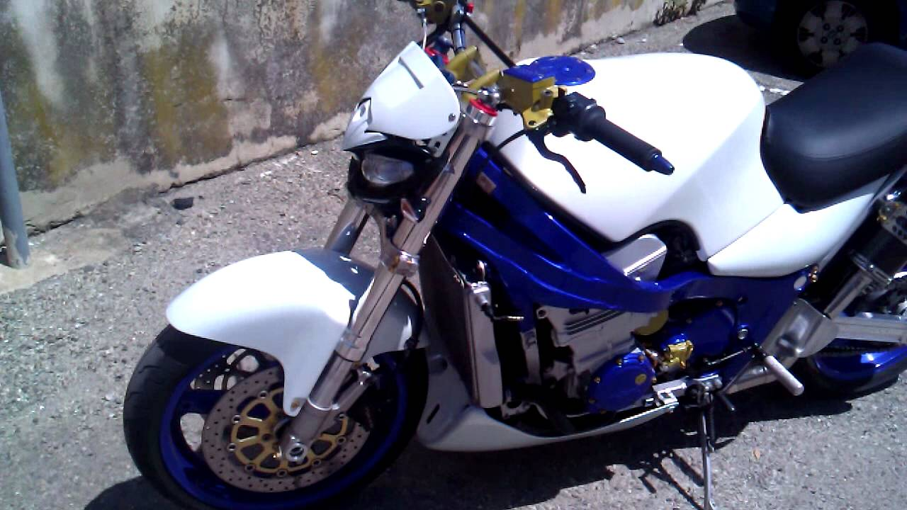 Kawasaki  Street Fighter