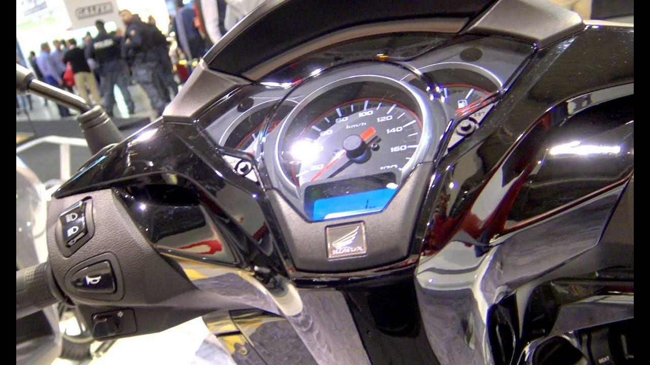 Eicma Honda Sh300i Youtube