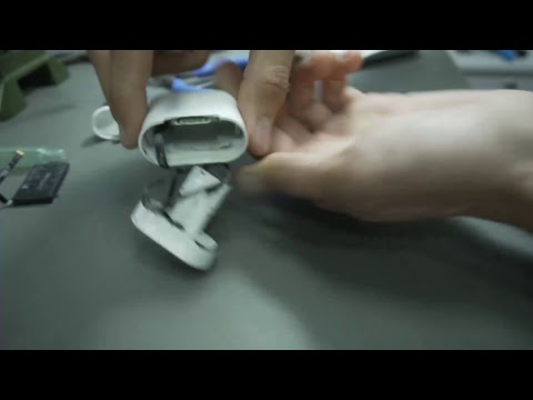 видео: Разбор чехла airpods (case disassembly)
