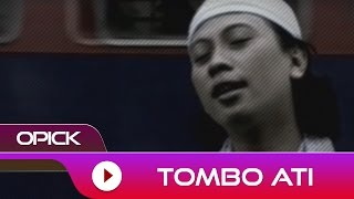 Gambar cover Opick - Tombo Ati | Official Video