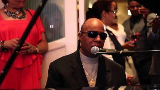 Stevie Wonder - Ribbon in the Sky (Rare 2015 Wedding Performance)