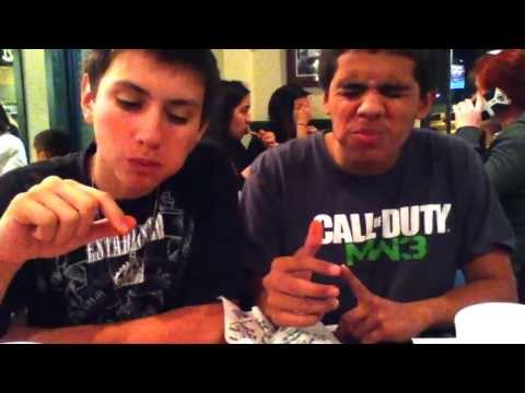 Trying out atomics wings XxGamerBoyHDxX and Texas325