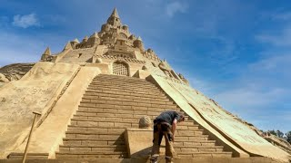 The Largest Sandcastle Ever Built