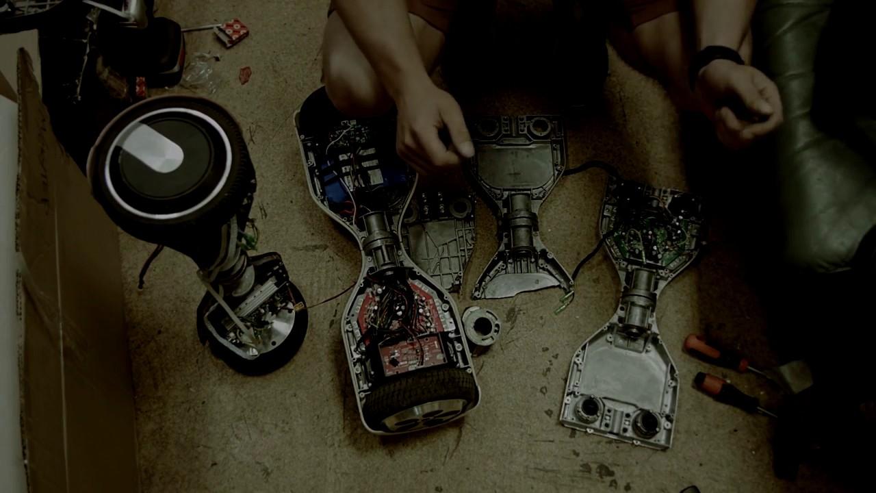 Гироскутер с четырьмя колесами — F Wheel iCarbot - YouTube