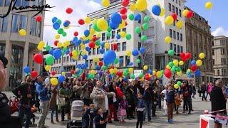 Shanaya - Rot Gelb Grün Blau (Die bunten Gesichter der Stadt Hannover)