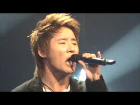 [TVXQ] Xiah Junsu solo (Live) - Beautiful thing. (fan-cam)