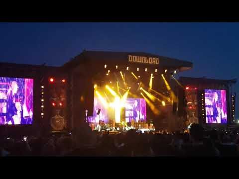 Ozzy Osbourne Crazy Train  at Download 18 100618