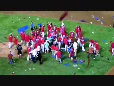TEXAS RANGERS 2011 AL CHAMPIONSHIP CELEBRATION