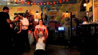 Бодегита танцует в Новый год 2012