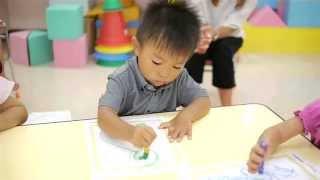 どんちゃか・理英会幼児教室のすくすくコース(2歳コース)ときらきらコ...