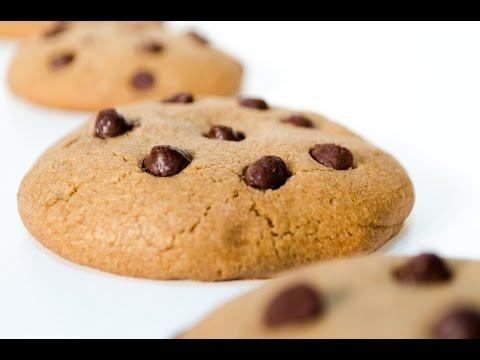 Cookies con Chips de Chocolate - Receta de Galletas con Chispas de Chocolate!
