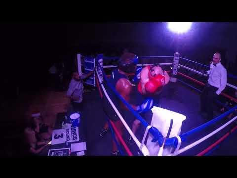 Ultra White Collar Boxing | Romford | Simon Herbert VS Pedro