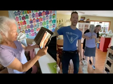 Brothers-Come-Home-To-Surprise-Mom-By-Calling-From-Her-Backyard