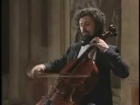 Bach - Cello Suite No.1 v-Menuet
