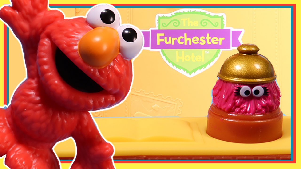 Furchester Hotel Playset with Elmo & Phoebe | Wonder World TV