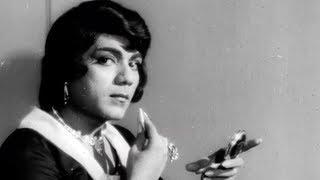 Mehmood as a Hot Indian Model - Superhit Classic Comedy Scene - Bhoot Bangla