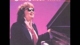 Watch Diane Schuur Teach Me Tonight video