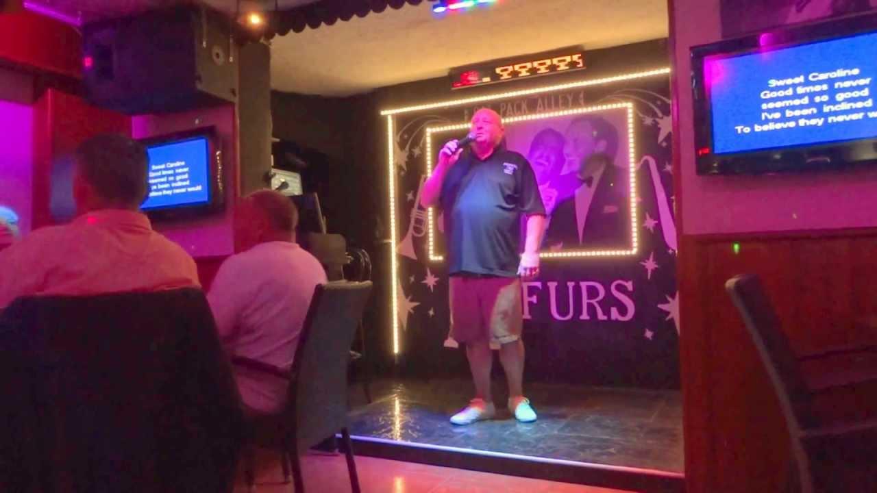 Paul (The Boss) Sings Karaoke in Arfurs Bar Magaluf, Majorca. October 2012. -...