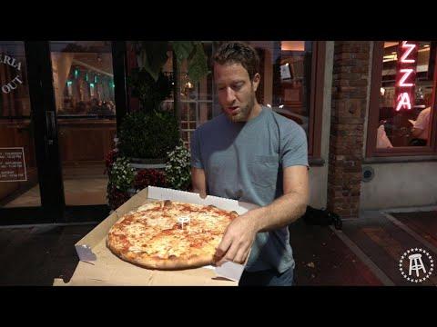 Barstool Pizza Review - Umberto's (New Hyde Park,NY)