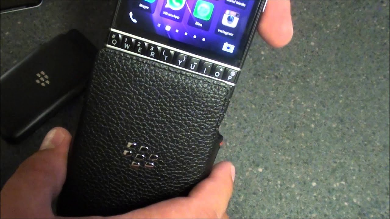 how to close apps in blackberry q10