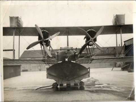 flying boats with the ROYAL AIR FORCE    (  FELIXSTOWE  & LOWERSTOFT  1914 )
