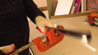 Мебель своими руками. Как отрезать трубу бесшумно  и чем.(, 2015-03-21T10:10:48.000Z)