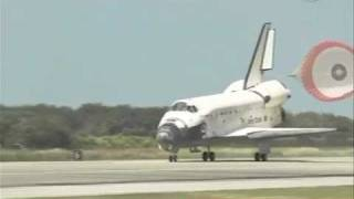 Shuttle Discovery STS-133 Final Landing And Farewell (NEW)
