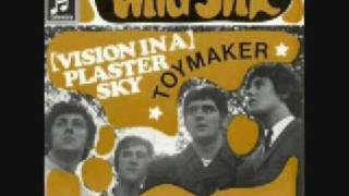 Watch Kinks Toymaker video