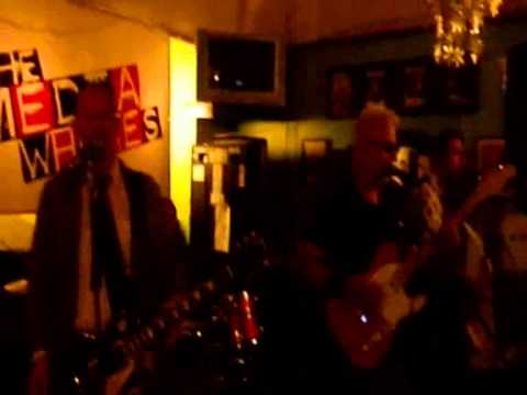 Billy Watson.TV - The Media Whores - Grangemouth Tavern 6