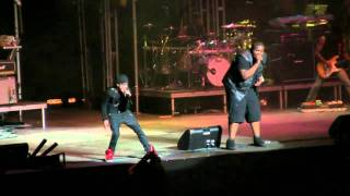 "Justin Bieber- ""Eenie Meenie (with Sean Kingston)"" (HD) Live at the New York State Fair on 9-1-2010"