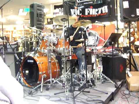 JOHN FAVICCHIA Drum Clinic @ Sam Ash Westminster CA