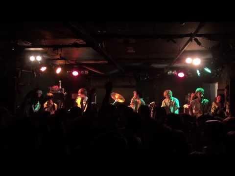 SABOTEN・PAN「インタレスター」LIVE(in 福岡graf 2011.10.15)