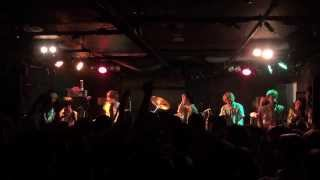 TROPICAL PARADE EPISODE 3 TOUR 初日福岡grafでのライブ映像になります...