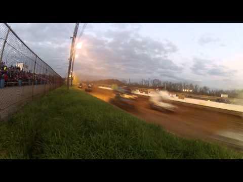 Susquehanna Speedway Park 410 and 358 Sprint Car Highlights 11-15-14