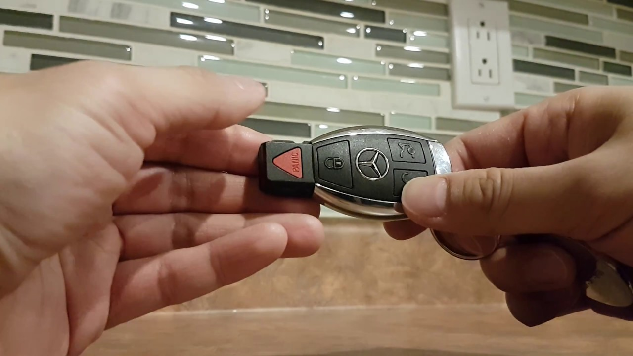 Mercedes Benz Key Fob Battery Replacement CR2025 GLA - YouTube