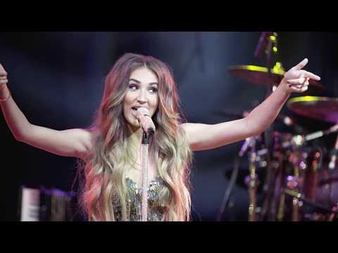 Megan McKenna - Girls Just Wanna Have Fun (live from Scala)