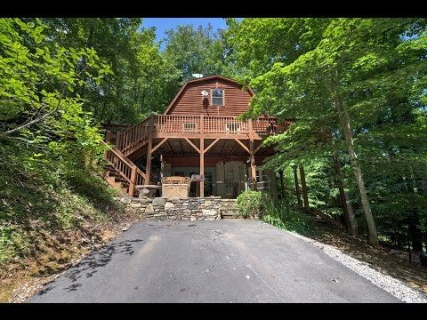 Black Bear Cabin - A Black Mountain, NC Cabin Rental